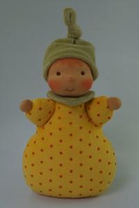 Püppchen in gelb